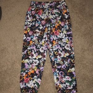 WAYF Floral trousers